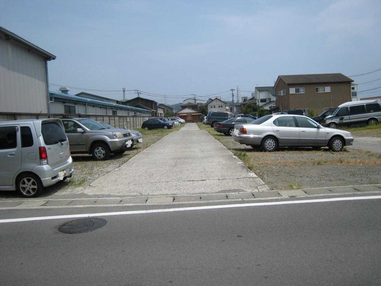 【賃貸その他】椎野駐車場(前川)